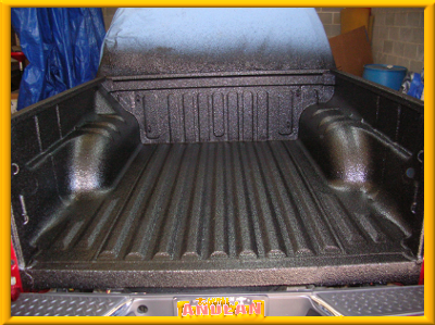 spray-bedliner-black